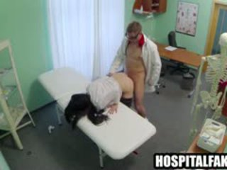Foxy Brunette Patient Getting Licked And Fucked