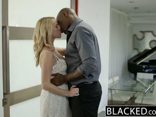 Blacked kuum blond tüdruk cadenca lux pays ära boyfriends debt poolt keppimine bbc