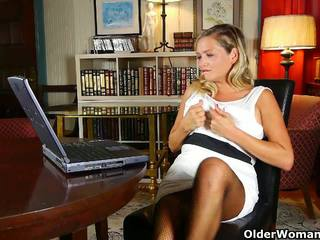 check grannies, rated matures, ideal milfs check