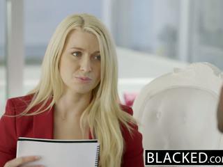 Blacked bizness blondīne anikka albrite pakaļa fucked līdz a bbc