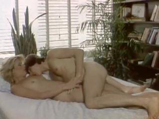 Dirty Blonde 1984: Free Vintage HD Porn Video 5a