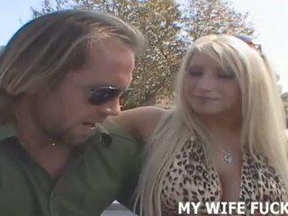 Megnéz a feleség starring -ban egy hardcore pornó