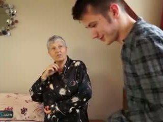 Літня любов старий леді savana трахкав по студент sam bourne