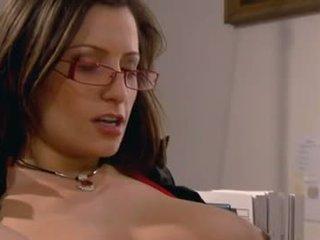 brunetta reale, caldi sesso orale, online sesso vaginale gratis