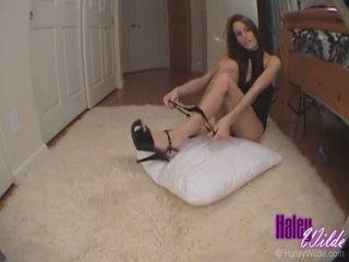 Haley wilde slaps 她的 紧 热 屁股 如 她 gets 性交 硬 doggy 风格