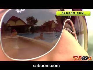 Roxy taggart gets baisée sur la poolside à saboom