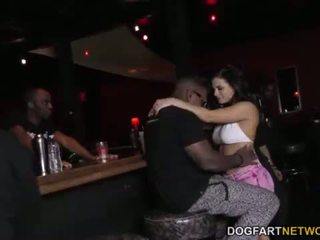 Keisha Grey enjoys gangbang - Interracial Blowbang