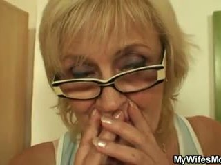 He Screws Porn-loving Mother in Law, Free Porn 3a