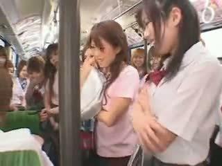 Skolejente buss fuckfest sensurert