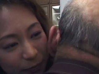 Daughter-in-law jest pieprzyć z nie jej father- i nie jego syn