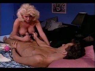 Carolyn Monroe Fever: Free Retro Porn Video 4a