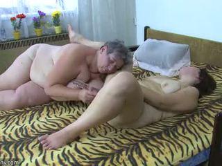 Oldnanny gordinhas gajas masturbate com um brinquedo