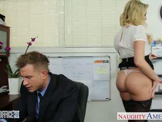 Sexy kancelář kotě mia malkova zkurvenej