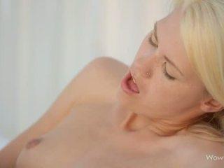 Paula Shy and Izzy Delphine lesbian sex
