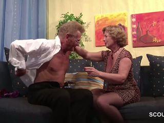 Auch oma und opa lieben es hart zu ficken: brezplačno hd porno 87