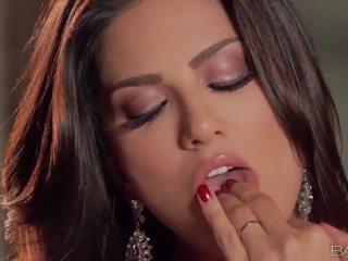 큰 hd 포르노, babes network 가장 인기있는