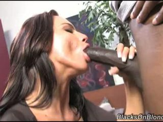 Karina Oreilley Acquires Choked On A Massive Black 10 Pounder