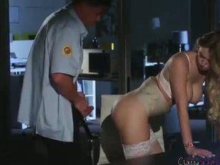 Ασφάλεια guard fucks accountant natalia starr σε ο γραφείο