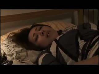 Yumi kazama - cantik warga jepun milf