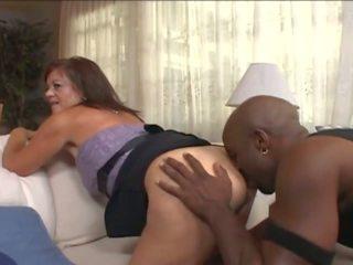 Zralý manželka v wheelchair svést mladý černý guy: porno e7