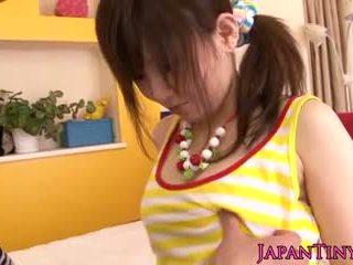 Maličké japonské miku airi enjoys sixtynine