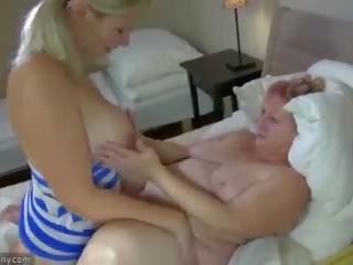Oldnanny gjysh dhe adoleshent masturbate me sextoy