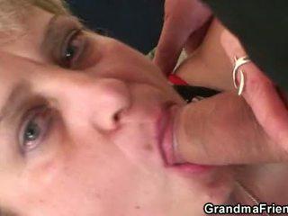 Old trojček orgija po muca mastrubacija