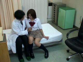 Koulutyttö hypnosis seksi kanssa lääkäri