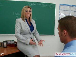 Mamuśka nauczycielka sara jay pieprzyć student
