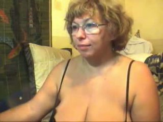 Honny Granny With Huge Boobs On Stream Show