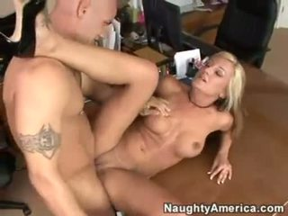 Office bitch Val Malone gets her mouth jizzed after a nice hot fuck
