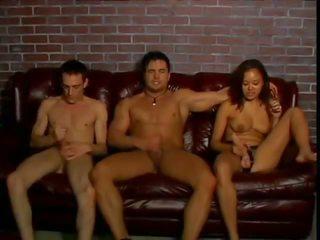Bi bi americké pie 9: bisexuálne porno video 47