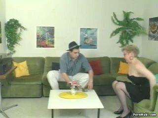 Alemão maduros a mijar, grátis real vovó porno porno vídeo 79