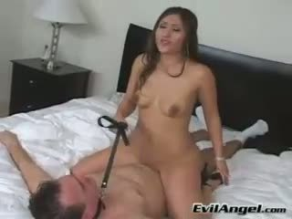 Bintang porno alexis breeze rides herself on top of her man grinding her nyenyet entuk