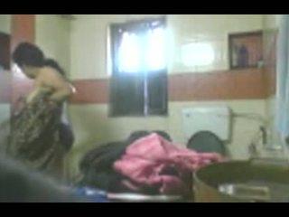 อินเดีย aunty อาบน้ำ ซ่อนเร้น แคม วีดีโอ