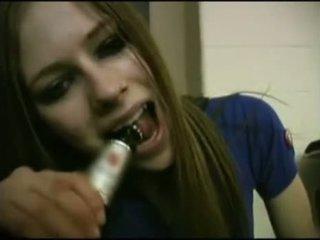 Avril Lavigne Flashing Bra.