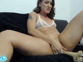 Amatore charley taking i madh fuckbot kar në të saj pjesë kohë lezbike pidh