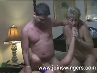 Zreli skupina swingers intimacies