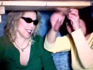 母 と 娘 再生 とともに a コック ビデオ
