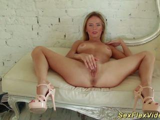 Flexi Teen Stretching Her Body, Free Teen Body HD Porn 3c
