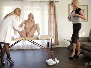 Teaching 妈妈 和 step-daughter, 自由 女孩 方法 高清晰度 色情 6d
