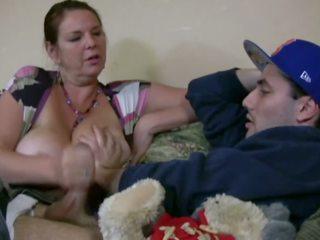 Carrie moon i den barnevakt, gratis stor naturlig pupper porno video