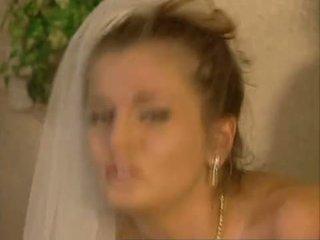 Brides और bitches