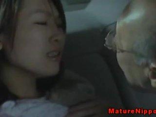 Japanese milf mature loves sex in car