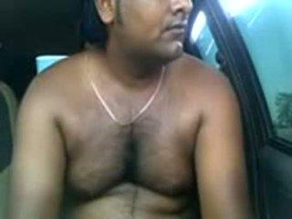 Amateur Indian couple fucking inside parked car