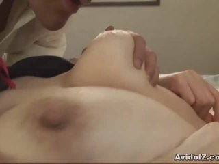 Giapponese milf gets fingered e scopata uncensored