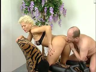 blowjobs, cumshots, doggy style