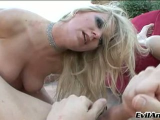 Healthy Dia Zerva Is Thumping A Sleaze Large Shaft In This Guyr Mouth Till That Honey Chokes