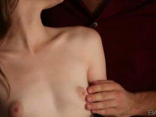 Ljubko alice march jizzed na domišljavo prsi