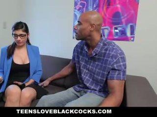 Mia khalifa fucks 大きい ブラック コック
